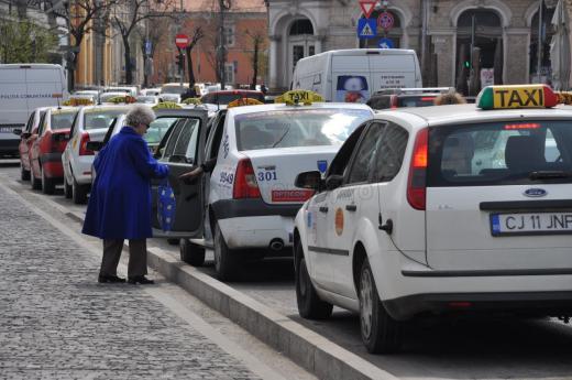 Taxiuri electrice, plata cu cardul, mașini Euro 5: viitorul taximetriei din Cluj-Napoca?