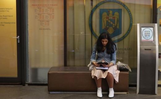 Eu când urmez? Întrebarea de pe buzele a zeci de studenți străini la ușa Serviciului pentru Imigrări Cluj, foto: Alexandra Sofroni / Monitorul de Cluj