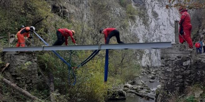 Un nou pod reabilitat peste râul Hășdate din Rezervația Naturală Cheile Turzii. Urmează al cincilea?, sursă foto: CJ Cluj