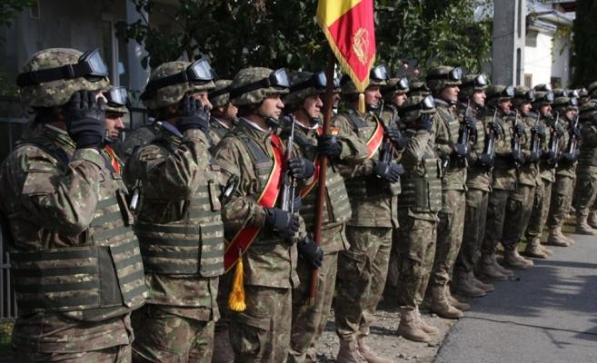 """Ziua Armatei României, onorată la Cluj-Napoca de militarii Diviziei 4 Infanterie """"Gemina"""", sursă foto: Facebook Divizia 4 Infanterie """"Gemina"""""""