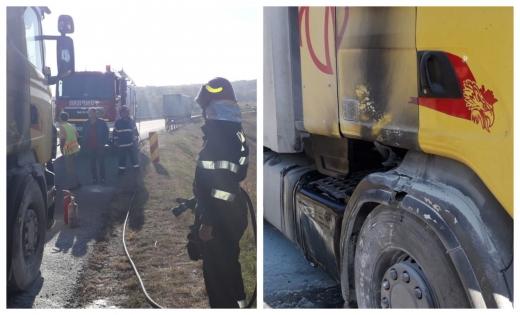 Un camion încărcat cu rumeguș și crengi a luat foc pe centura Apahida-Vâlcele, sursă foto: ISU Cluj