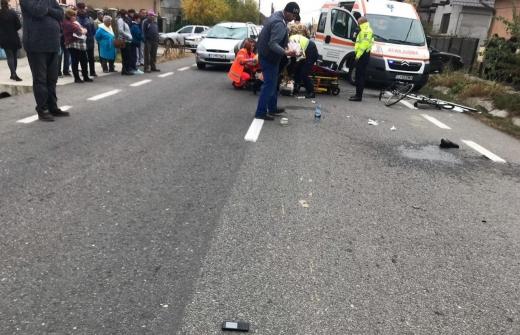 Un biciclist care a tăiat calea unui șofer la Dej, transportat de urgență la UPU Cluj-Napoca, sursă foto: IPJ Cluj