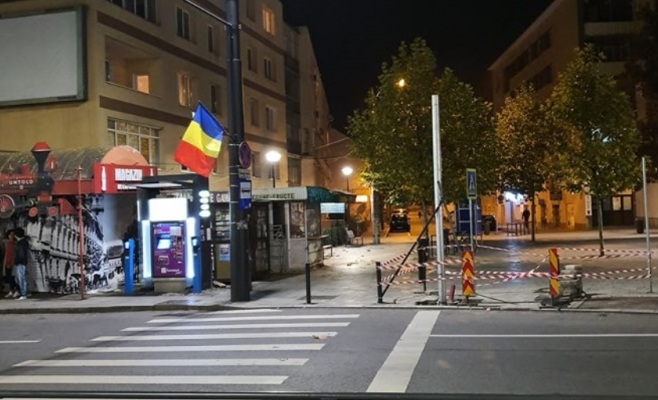 Soluție de avarie, semafor la trecerea de pietoni din Piața Gării, Clujenii se împart în două tabere!, sursă foto: Facebook Info Trafic jud. Cluj