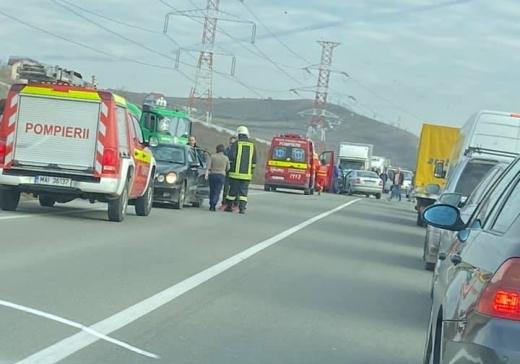 GRAV accident la ieșirea spre Apahida, patru mașini făcute praf, șapte victime, sursă foto: Facebook Info Trafic jud. Cluj