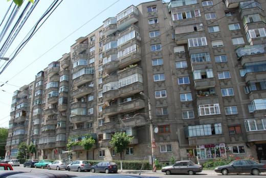 """Prețul chiriilor a """"explodat"""" în Cluj-Napoca! 420 € pentru un apartament vechi cu două camere"""
