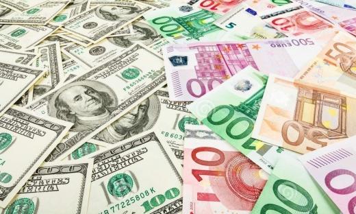ANALIZĂ Euro a crescut în piața valutară, Thanksgiving reduce nivelul tranzacțiilor