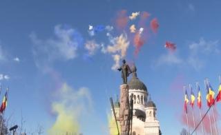 """Mesajul parlamentarilor clujeni de Ziua Națională: """"Grijă pentru cei fără speranță în fața bolii!"""", sursă foto: captură video Facebook Emil Boc"""