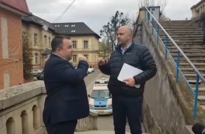 """Ungureanu și Șușca, ceartă aprigă la Spitalul Județean: """"Noi doi ne vom lămuri în instanță!"""", sursă foto: captură video Facebook Emanuel Ungureanu"""