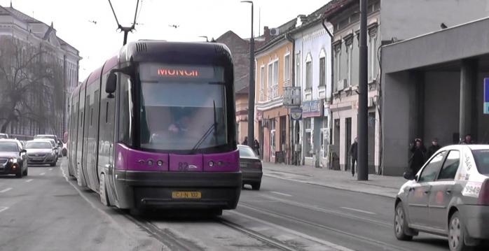 """Tăriceanu laudă tramvaiele din Cluj-Napoca: """"De ce nu ar fi bune și pentru București?"""", sursă foto: captură video YouTube"""