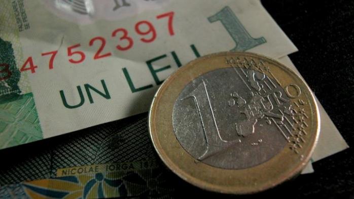 ANALIZĂ Zi fără probleme pentru leu, volatilitatea perechii euro/leu a fost minimă