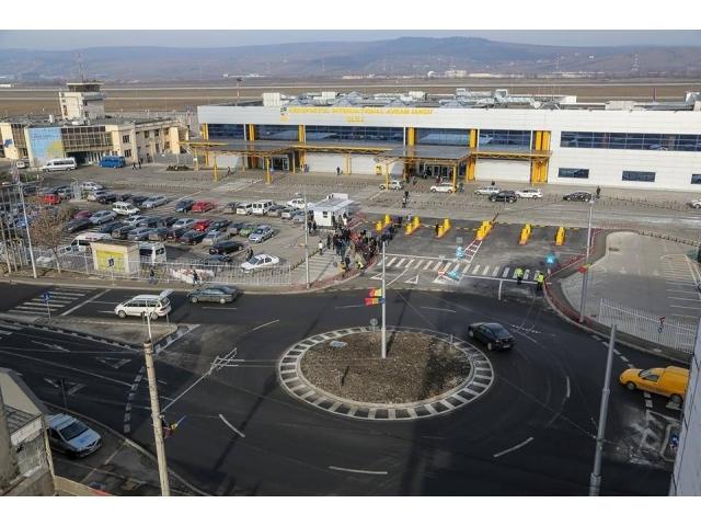 Din 2020, pasagerii vor avea stație de autobuz în parcarea Aeroportului Cluj