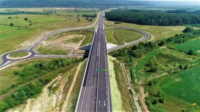 """Se deschide """"autostrada-muzeu"""" în acest weekend? Lucrările de remediere au fost finalizate, sursă foto: Facebook Asociația Pro Infrastructură"""
