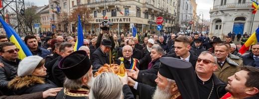 """Victimele Revoluției de la Cluj, comemorate la 30 de ani de la jertfa lor: """"Eroii au fost uitați!"""", sursă foto: Facebook Emil Boc"""