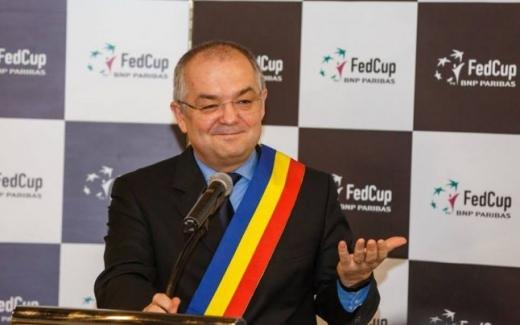 """Emil Boc, la final de an: """"Vă mulțumesc, dragi clujeni pentru 2019! Pe scurt: e fain la Cluj!"""""""