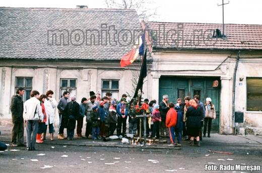 Revoluție 1989