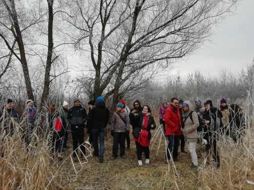 Pe un ger năprasnic, zeci de clujeni au pornit într-o aventură ghidată în Parcul Est, sursă foto: Facebook Adrian Dohotaru