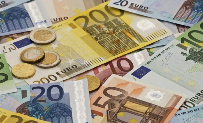 ANALIZĂ Euro a crescut în 2019 cu 11,5 bani