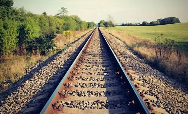 """Linie ferată de mare viteză Cluj-Budapesta? """"România trebuie să-și cunoască lungul nasului!"""""""
