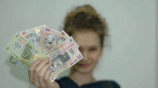 Augusztus elsejéig halasztaná a kormány a gyermekpénz megduplázása törvényének hatályba lépését