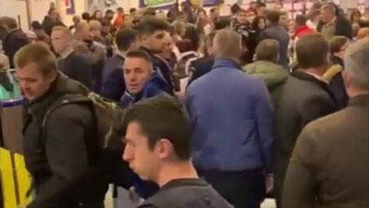 Îmbulzeală pe Aeroportul Cluj! Mai multe curse, anulate sau redirecționate din cauza ceții, sursă foto: captură Digi24