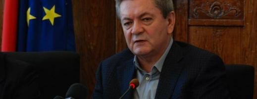 Fostul ministru al Transporturilor, clujeanul Ioan Rus, criticat pentru scoaterea trenurilor Intercity. Vor fi reintroduse?