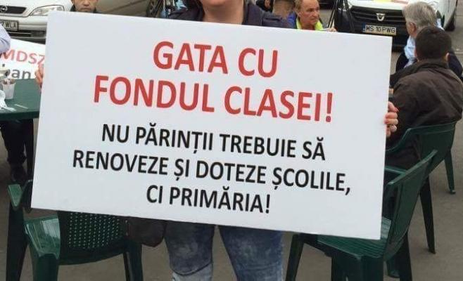 """Se mai strâng bani în fondul clasei? Controale la școlile clujene: """"A rămas de pe vremea lui Ceaușescu, e jenant!"""""""