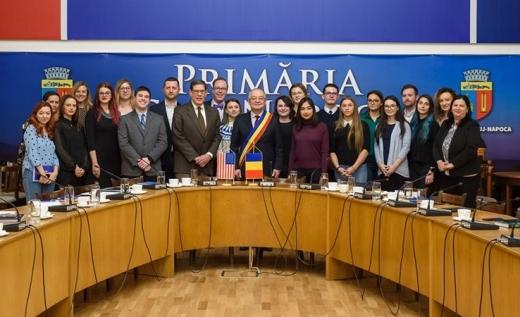 Studenții Universității din Delaware, în vizită la Primărie. Ce le-a prezentat primarul Emil Boc?, sursă foto: Facebook Emil Boc