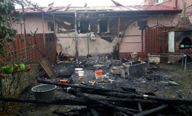 Panică la o casă din Cluj-Napoca, flăcările au făcut prăpăd! Incendiu și la un magazin din Bonț, sursă foto: ISU Cluj