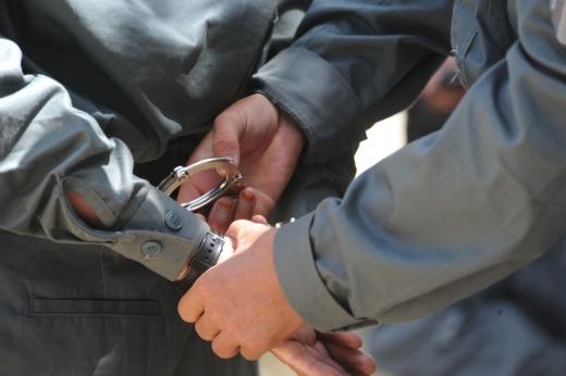 Bărbat din Cojocna, condamnat la 5 ani de pușcărie, prins de polițiști la Cluj-Napoca