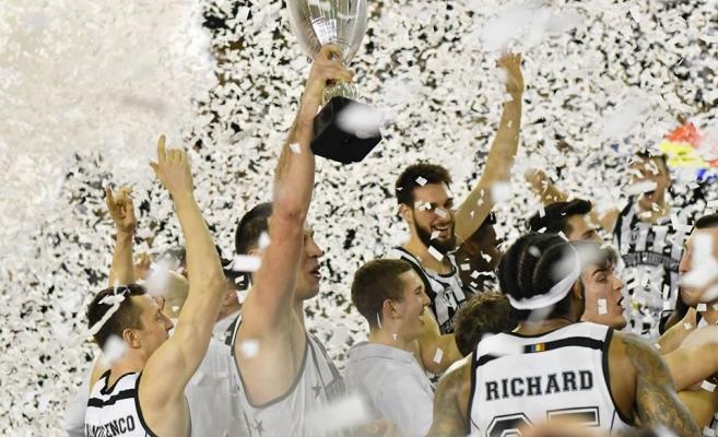 Au pus șapca pe Cupă! U-BT a cucerit Cupa României, clujenii au umplut Sala Sporturilor, sursă foto: Paul Gheorgheci/ monitorulcj.ro