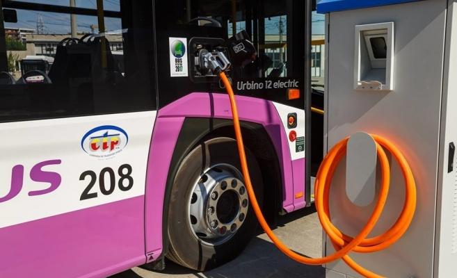Noi stații de încărcare pentru autobuzele electrice din Cluj-Napoca. Nota de plată: 1,25 mil. €
