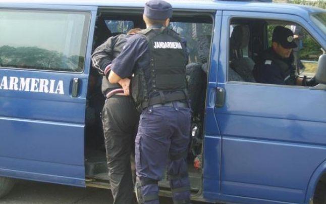 Doi șoferi s-au înjunghiat și lovit cu o bâtă pentru un loc de parcare în Cluj