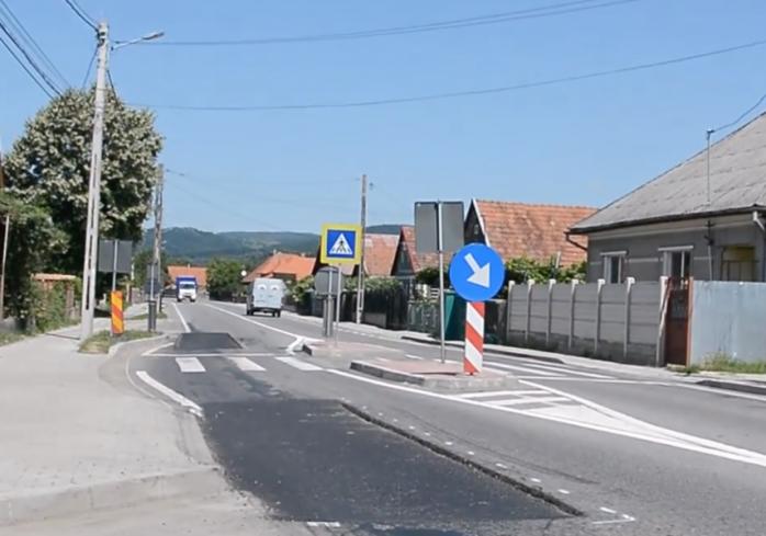 Marcaj rutier reflectorizant și elemente de semnalizare și protecție pe DN 1 Cluj-Napoca – Oradea