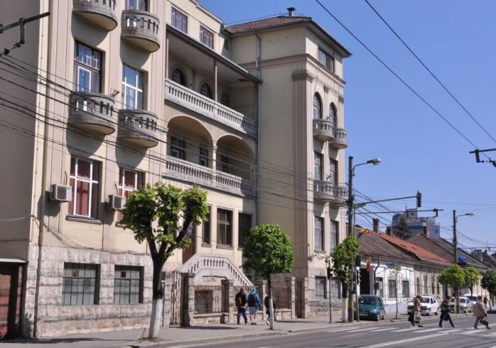 Viermi în mâncare. Consiliul Județean Cluj a trimis corpul de control la Spitalul pentru Copii