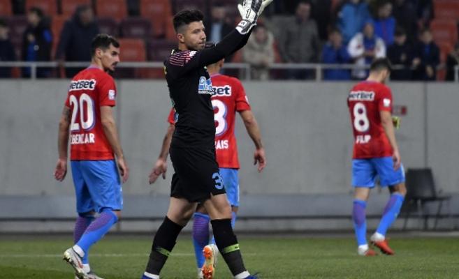 Lovitură pentru CFR Cluj! Trupa din Gruia a transferat un nou jucător de la FCSB
