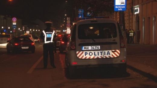 Polițiștii clujeni au făcut ordine în Mănăștur. Scandalagii și șoferii, puși la punct de agenți