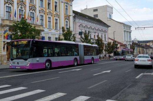 emil-boc-promite-ca-nu-va-opri-transportul-in-comun-autobuzele-vor-circula-dupa-graficul-normal