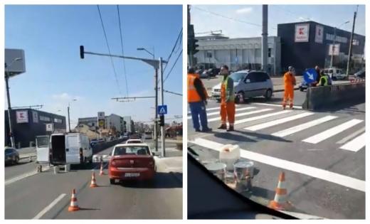 """Semafor nou pe strada Aurel Vlaicu: """"Excelent, abia aștept să stau la coadă acolo!"""""""