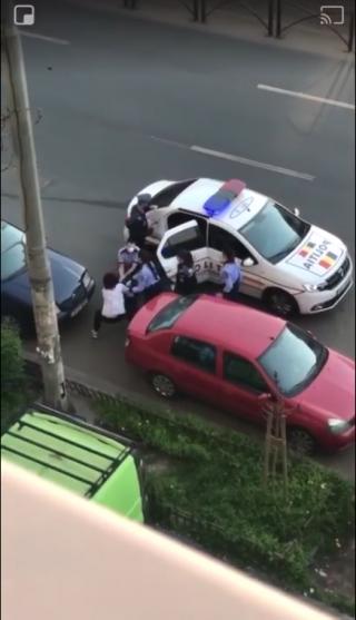 video-o-femeie-a-fugit-din-izolare-a-fost-prinsa-de-politisti-si-dusa-in-carantina-vezi-video-incredibil