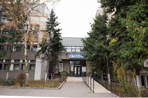 """Suspect de coronavirus cu insuficiență renală din Gherla, tratat cu maximă precauție la Spitalul """"Clujana"""""""