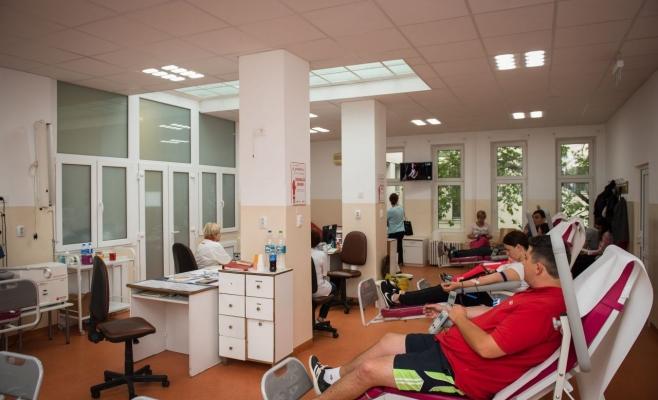 UBB face apel pentru donare urgentă de sânge. Numărul donatorilor a scăzut drastic!