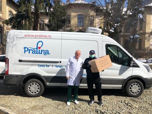 pralina-a-donat-2000-de-masti-catre-spitalului-judetean-de-urgenta-cluj
