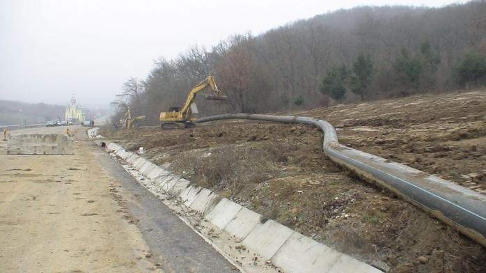 Veste bună pentru mii de clujeni. Alimentarea cu apă și canalizarea ajung la casele lor, sursă foto: CJ Cluj