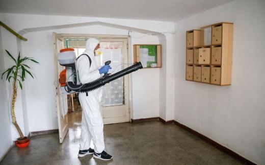 continua-dezinfectia-blocurilor-in-cluj-vezi-lista-completa-pentru-1-aprilie