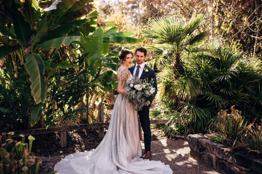 Nuntă în parc, grădini publice sau chiar la muzeu! Iohannis a promulgat legea