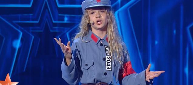 Sursă foto: stirileprotv.ro Clujeanca de 10 ani care A VENIT DIN CHINA să-i uimească pe jurații de la Românii au talent!