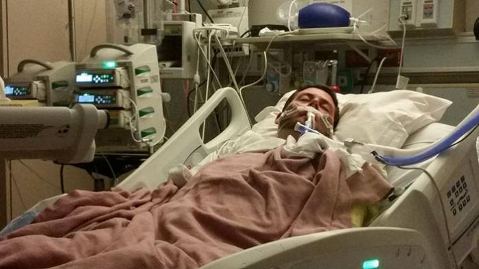 Încă 11 decese raportate vineri seara. Tânăr de 27 de ani, găsit mort în casă