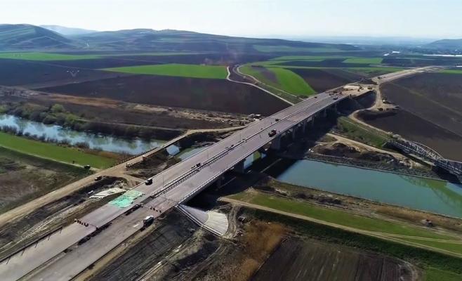 """Anul și """"muzeul"""" de autostradă? Un tronson din Autostrada Transilvania, aproape gata, sursă foto: Asociația Pro Infrastructură"""