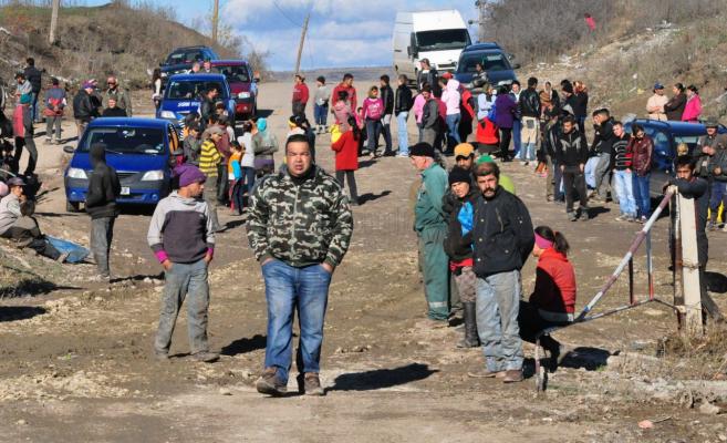 Ziua internațională a romilor. Guvernul promite incluziune, oamenii de rând trăiesc altă realitate!