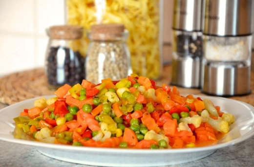 7-greseli-pe-care-le-faci-cand-gatesti-legume-congelate